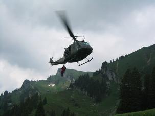 Elisoccorso - Fonte: http://commons.wikimedia.org/wiki/Image:Bergwacht_Hubschrauber_Training.jpg
