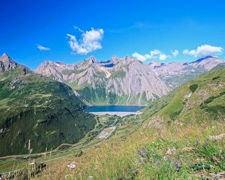 montagne - fonte: www.illagomaggiore.it