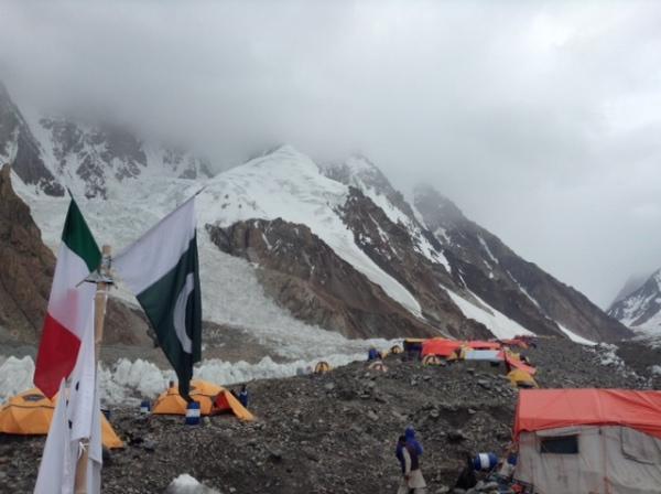 K2, 28 luglio 2014: brutto tempo. Fonte immagine: evk2cnr.org