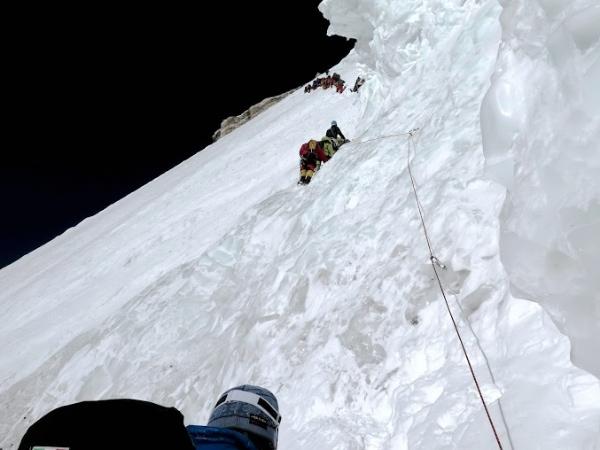 K2. Il traverso. Foto EVK2CNR