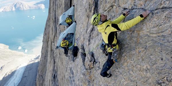 Roger Schaeli in Groenlandia. Foto: Thomas Ulrich/visualimpacht.ch