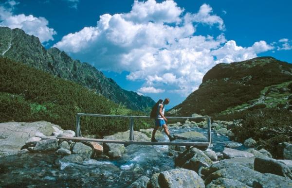 turismo sostenibile. Fonte immagine: www.dislivelli.eu