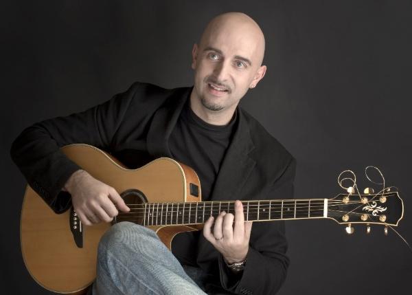 Alessio Menconi. Fonte: www.alessiomenconi.com