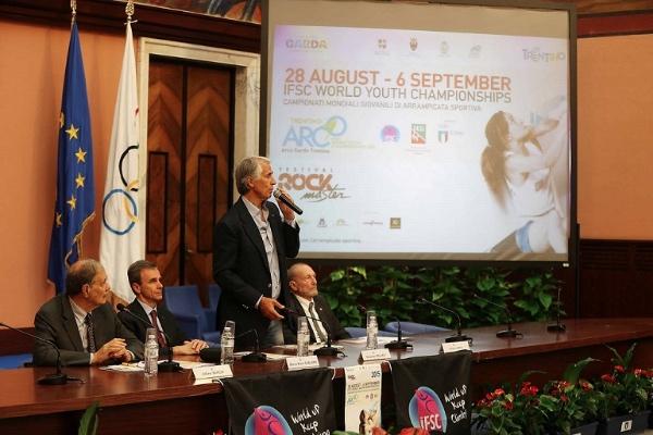 Presentazione dei Mondiali Giovanili di Arrampicata. Roma,  5 giugno 2015. Foto: Ilario Biondi. Fonte: federclimb.it