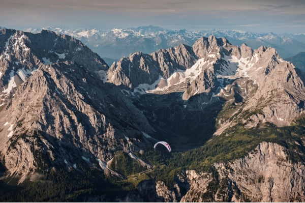 Red Bull X-Alps. Foto: Sebastian Marko/Red Bull Content Pool