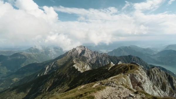 4K - Landscapes of Grigne. Fonte: www.youtube.com