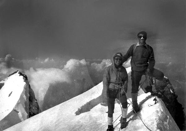 """Glorianda Cipolla e Walter Bonatti. Fonte: press mostra """"Montagna Sacra"""""""
