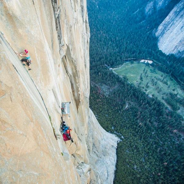 Emily Harrington su Golden Gate, El Capitan - Yosemite. Fonte immagine: pagina facebook Harrington