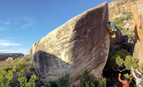 Jimmy Webb su Living Large (8c), Rocklands - Sud Africa. Foto: Beau Kahler