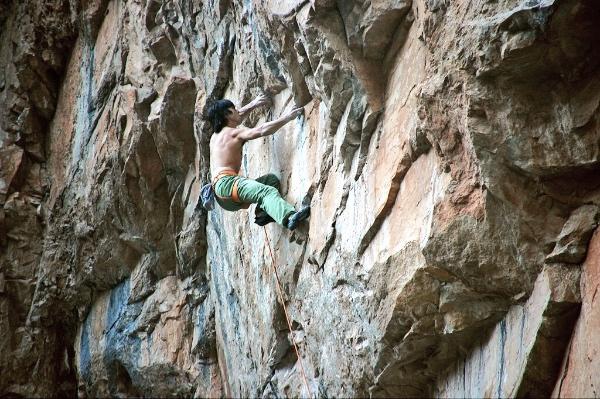 "Jon Cardwell su ""Shadowboxing"" a Rifle, Colorado. Foto: Kate Stern"
