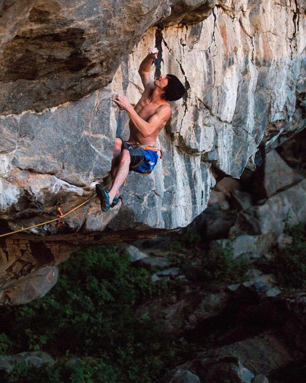 "Dave Graham su ""The Illusionist"" (9a). Fonte: pagina facebook D. Graham"