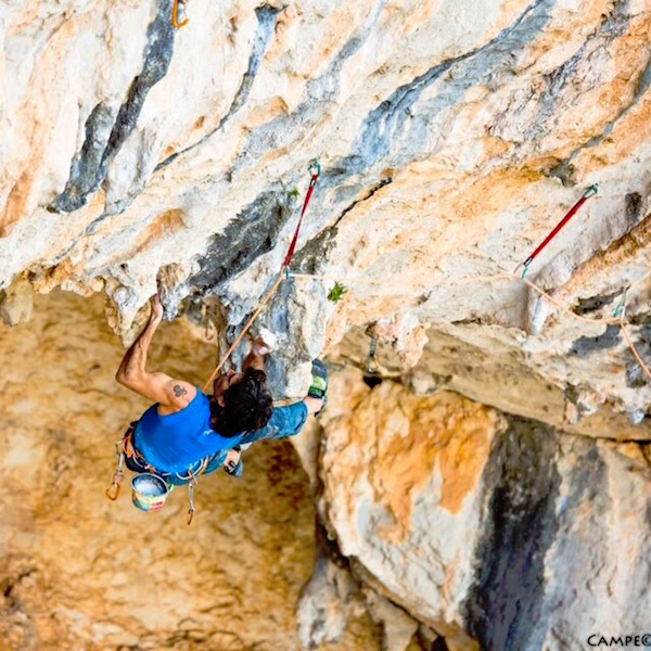 Dani Andrada su Chilam Balam (9b), Spagna. Foto: David Lopez