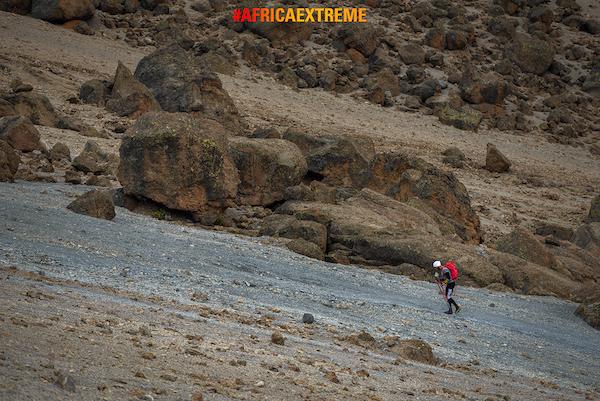 Africa Extreme 2015: Danilo Callegari, salita del Kilimanjaro. Fonte: press Callegari