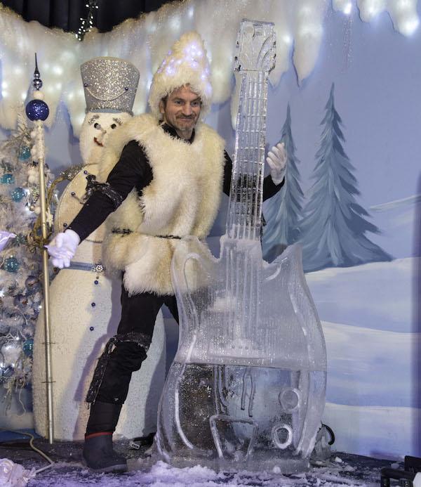 Villaggio di Natale Flover: Frozy Show di Amelio Mazzella.