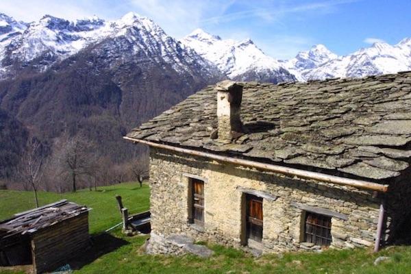 Borgata di montagna. Fonte: www.uncem.piemonte.it