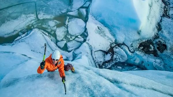 600px-climbing-ice-fonte-wwwyoutubecom-3