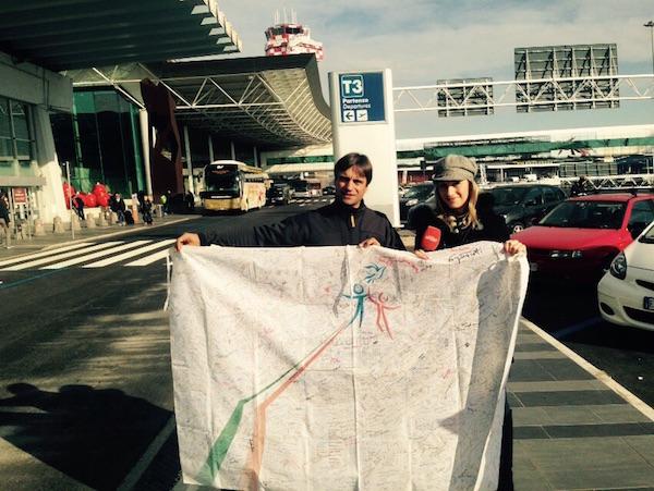 Daniele Nardi in partenza per il Nanga Parbat porta con sé  l'Alta  bandiera dei diritti umani.
