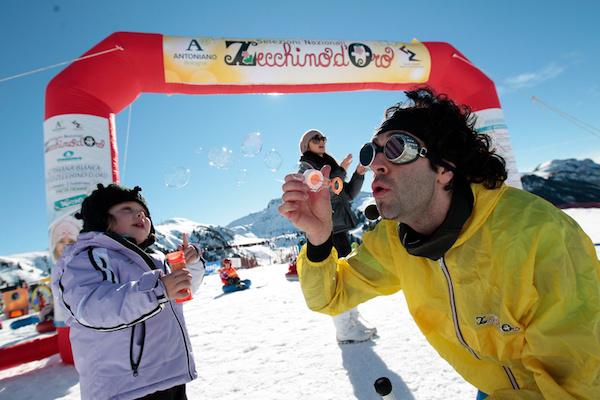 Carnevale dello Zecchino d'Oro sulla neve, Val di Fiemme. Foto: Federico Modica