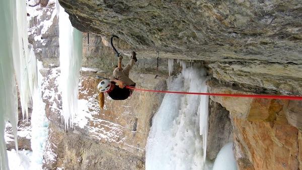 "Lucie Hrozova' su ""Saphira"", in Colorado. Foto: Jacek Czyz. Fonte: pagina facebook Hrozova'"
