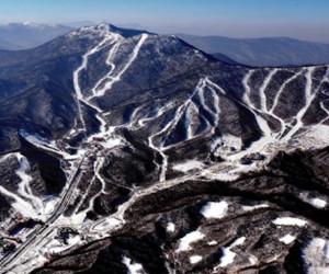 Yabuli, il resort cinese che ospiterà i campionati mondiali snowboard TTR e WSF a marzo 2016 - Fonte: www.fsi.it