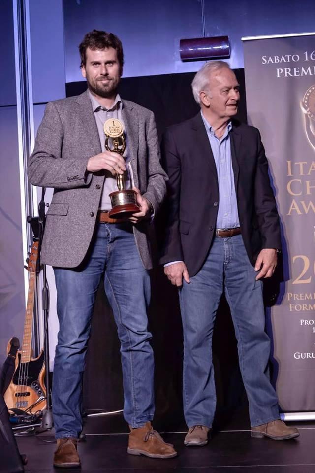 Andrea e Giorgio Amedeo ritirano il premio all'Italian Cheese Awards 2016. Fonte: pagina facebook La Meiro