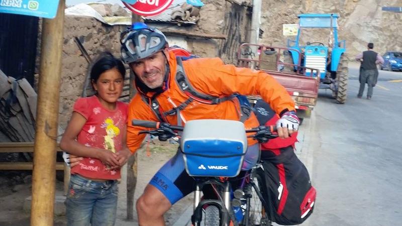 Andrea Devicenzi a Chumbes, Perù. Fonte: perunviaggio.net