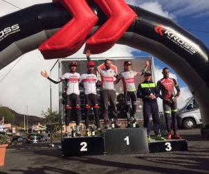 Etna Marathon Tour 2016: premiazioni Prologo. Fonte: press EMT
