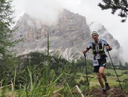 Dolomiti Extreme Trail: passaggio con sullo sfondo il Monte Pelmo. Fonte: press evento