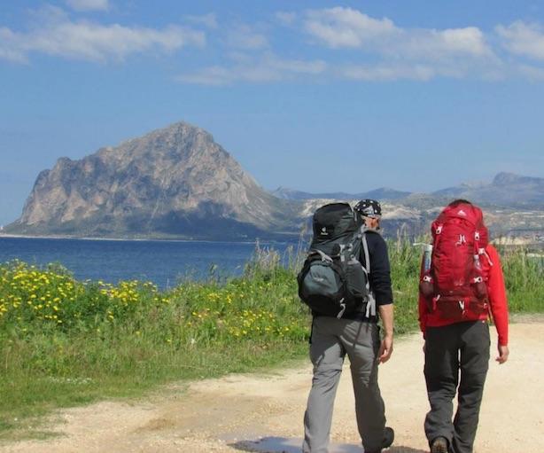 Trekking in Sicilia. Fonte: cammini.eu