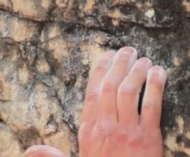 614px511-climbing-and-bouldering-banff-national-park-fonte-wwwyoutubecom