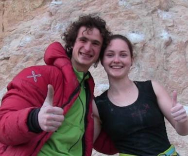 Adam Ondra e Iva Vejmolovà. Foto: Pierre Delas/Fanatic Climbing. Fonte: Instagram