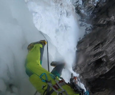 614px511-ice-climbing-waterfall-collapse-fonte-wwwyoutubecom