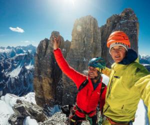 Simon Gietl e Michi Wohlleben, concatenamento Tre Cime di Lavaredo in invernale, 2017. Foto: M. Wohlleben. Fonte: Instagram