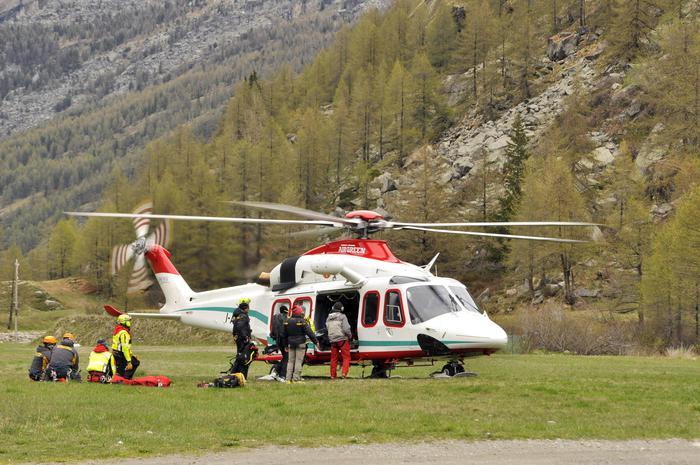 Gran Paradiso: alpinista precipita per 80 metri e muore